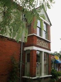 Corner-house-garden-2